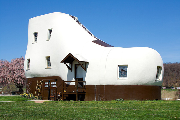 House Shaped Like A Shoe Creative Home Designs