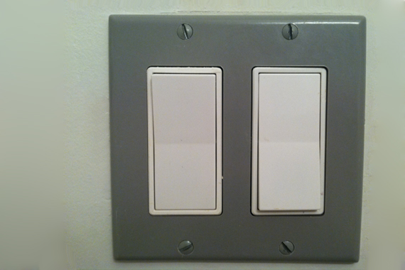 How to Repair a Light Switch | Replacing Light Switches ...