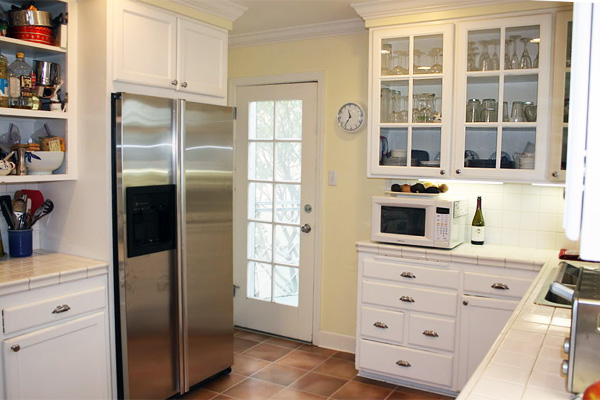 why white kitchens stand the test of time houselogic kitchen tips. Black Bedroom Furniture Sets. Home Design Ideas